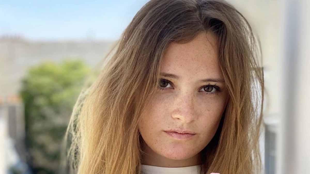 Jean-Luc Reichmann : sa fille Rosalie s'affiche très sexy. La Toile envoûtée