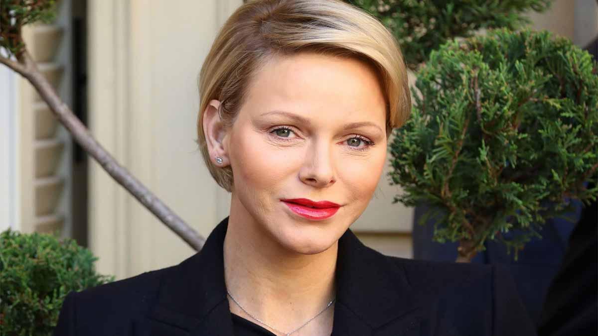 """Charlène de Monaco : son opération à la tête réalisée en Afrique du Sud """"s'est sérieusement compliquée"""""""