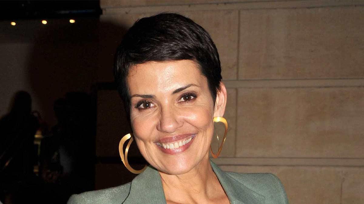 Cristina Cordula est prête à faire l'inimaginable pour garder sa coupe de cheveux intacte !
