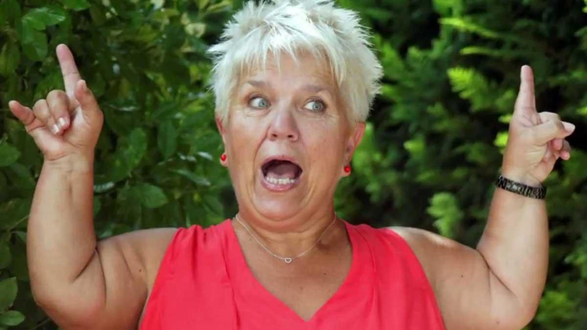 """Mimie Mathy """"odieuse"""", une vraie """"peste"""" : sa face cachée enfin dévoilée, elle se retrouve en TT !"""