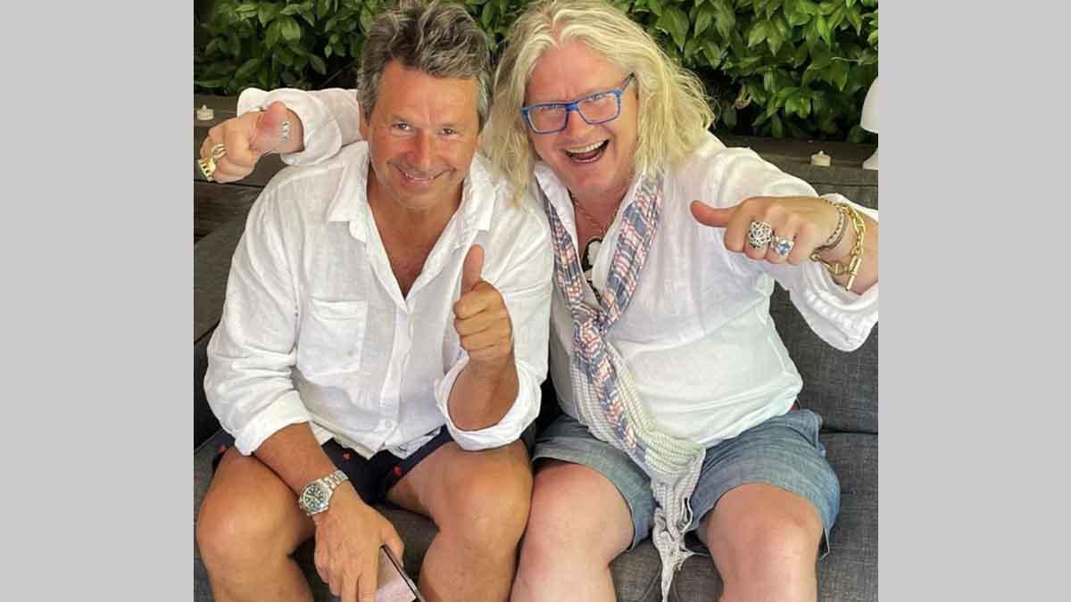 Pierre-Jean Chalençon et Christophe Leroy posent ensemble après un déjeuner, la Toile s'insurge.