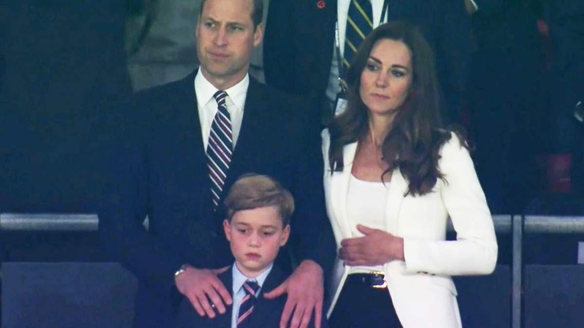 Kate Middleton et William un autre bébé George vend la mèche !