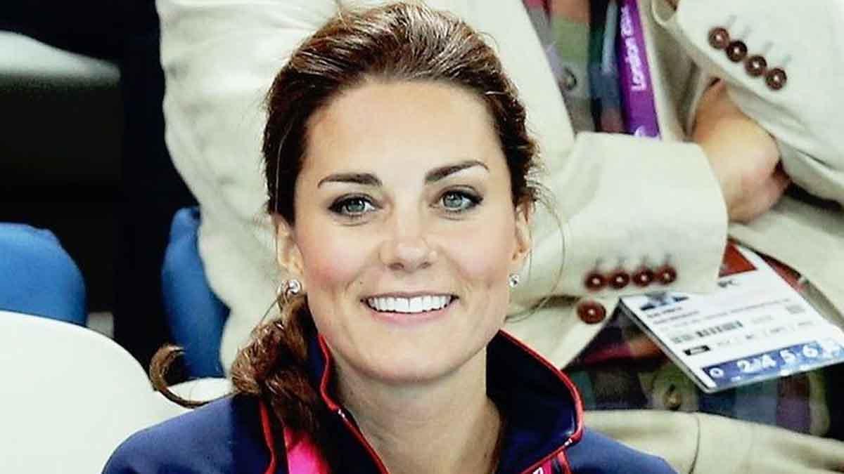 Kate Middleton grossesse confirmée à Brize Norton nausées matinales cauchemardesques