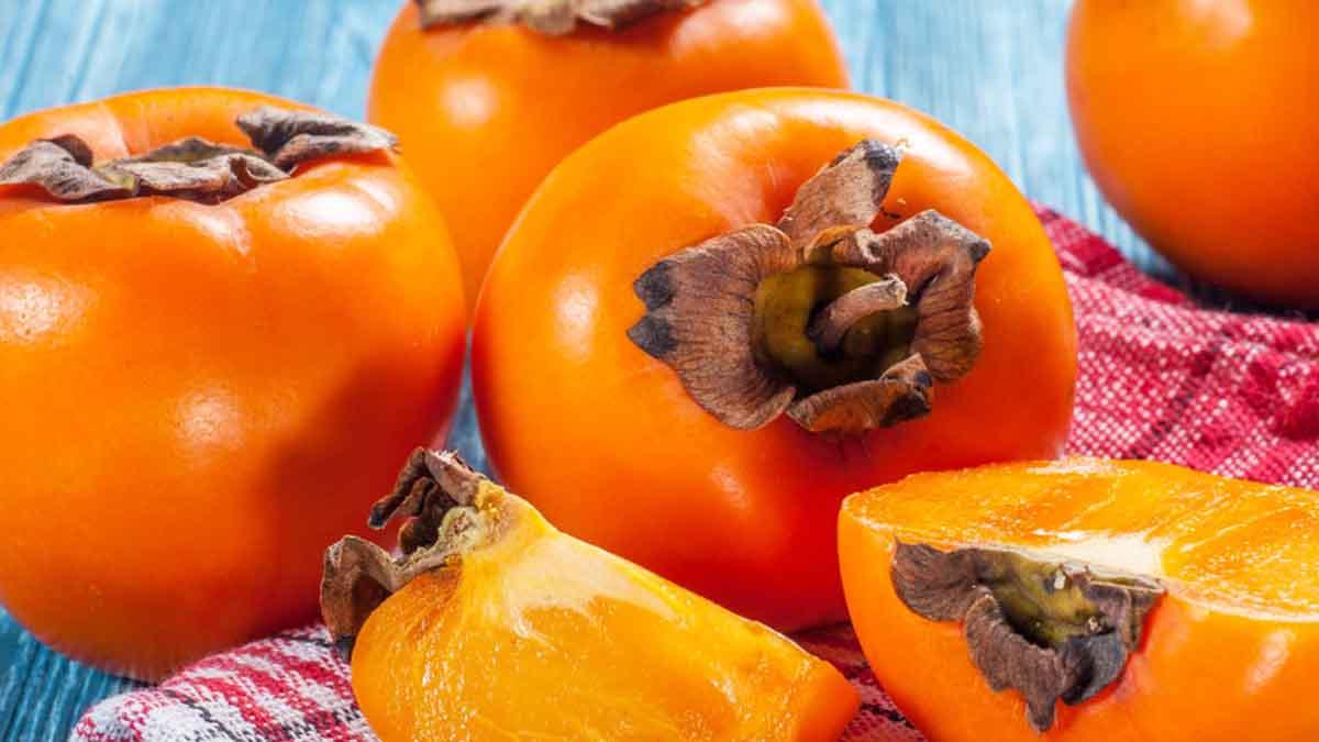 Le kaki : comment manger et profiter de ce fruit plein de bienfaits
